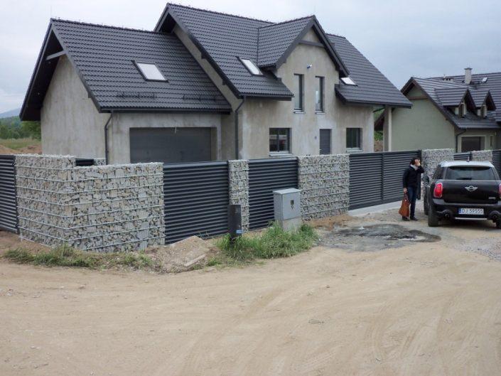 ogrodzenie z gabionu domku jednorodzinnego