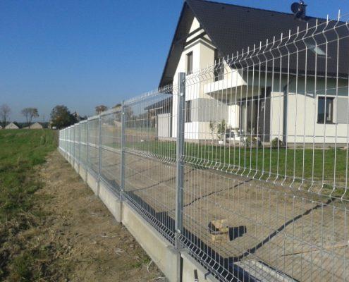 Ogrodzenie metalowe domu jednorodzinnego