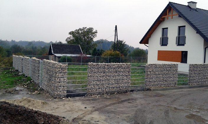 Gabion jako ogrodzenie domku jednorodzinnego